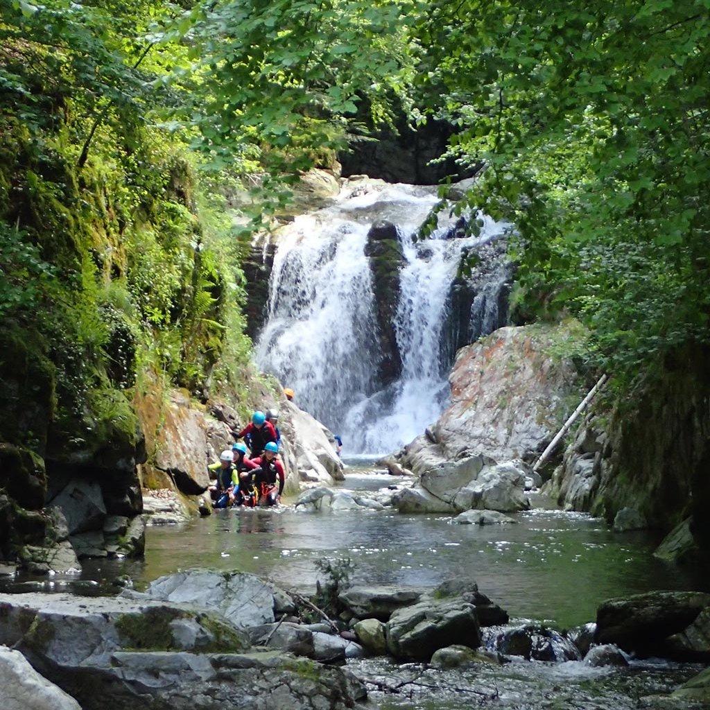 Cascade sous le lac Bious-Artigues (Vallée d'Ossau)