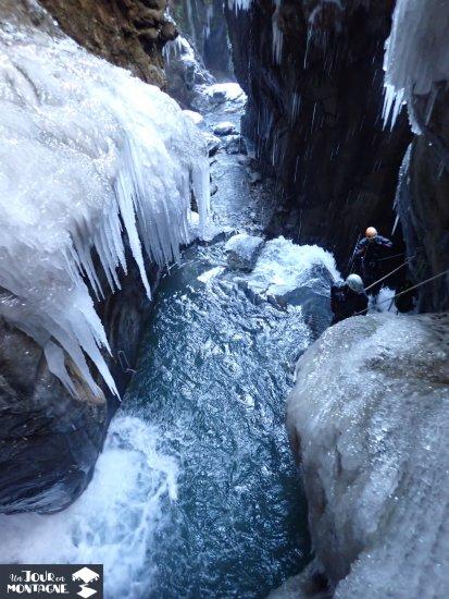 Rappel du canyon du canceigt à Laruns (Pau - Pyrénées Atlantiques)
